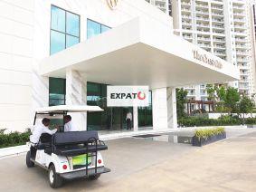 Luxury Accommodation in Gurgaon 01