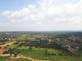 Luxury Accommodation in Gurgaon 03